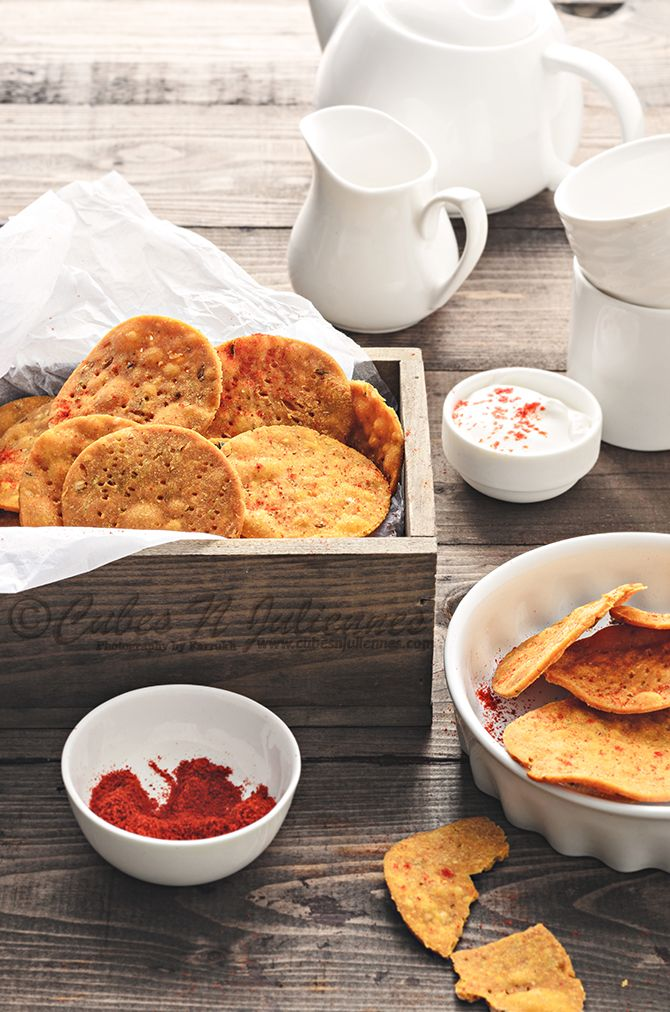 Gujarati Style masala puri is a delicious crisp cracker which is extremely easy to make and a perfect munchies for teatime.An ideal finger food for kids.