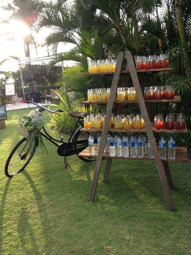 Drink ladder & vintage bike for Cocktails