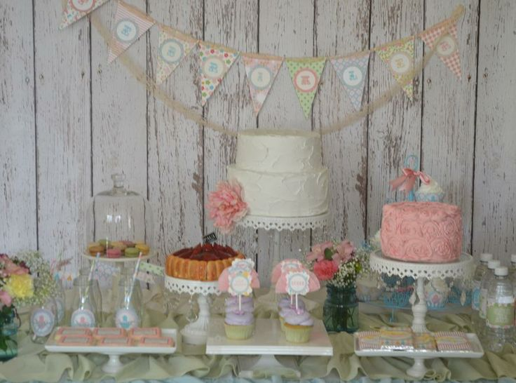 this seems to be a common theme i like ....Garden tea party shower it is :)