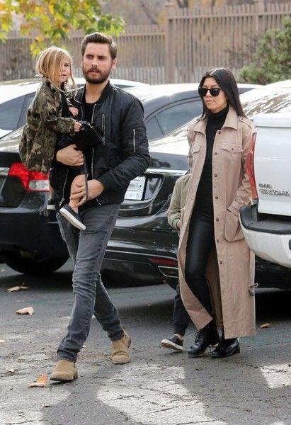 Kourtney Kardashian and Scott Disick take Mason and Penelope Disick to the movies
