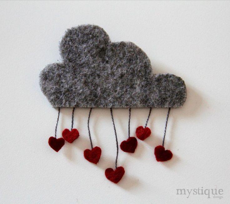 Aşk Yağmurları Keçe Broş / Büyük Aşk Yağmurları Broş*Tamamen el yapımıdır.*Bulut 7.5cm x 4cm dir. Kalpler ile birlikte.... 97839