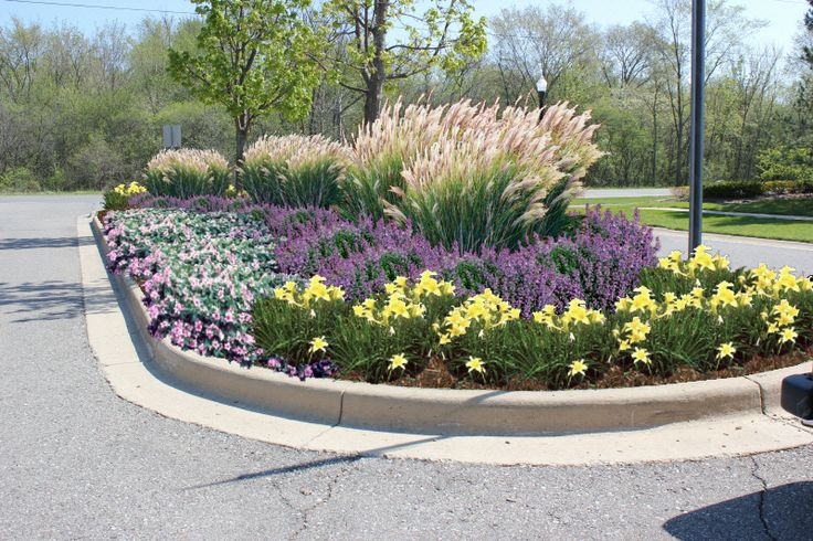 landscaping neighborhood entrance | Design for the center island