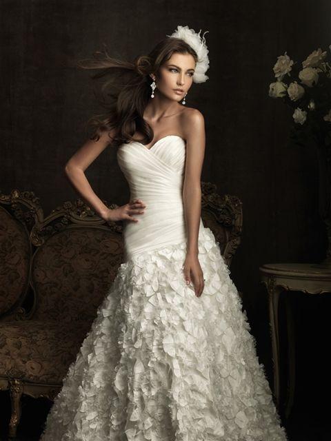 Allure Bridal Style # 8905