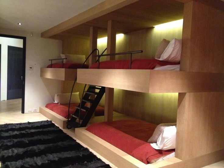 Pretty sweet queen bunk bed idea. Modern and save a lot of floor space ...