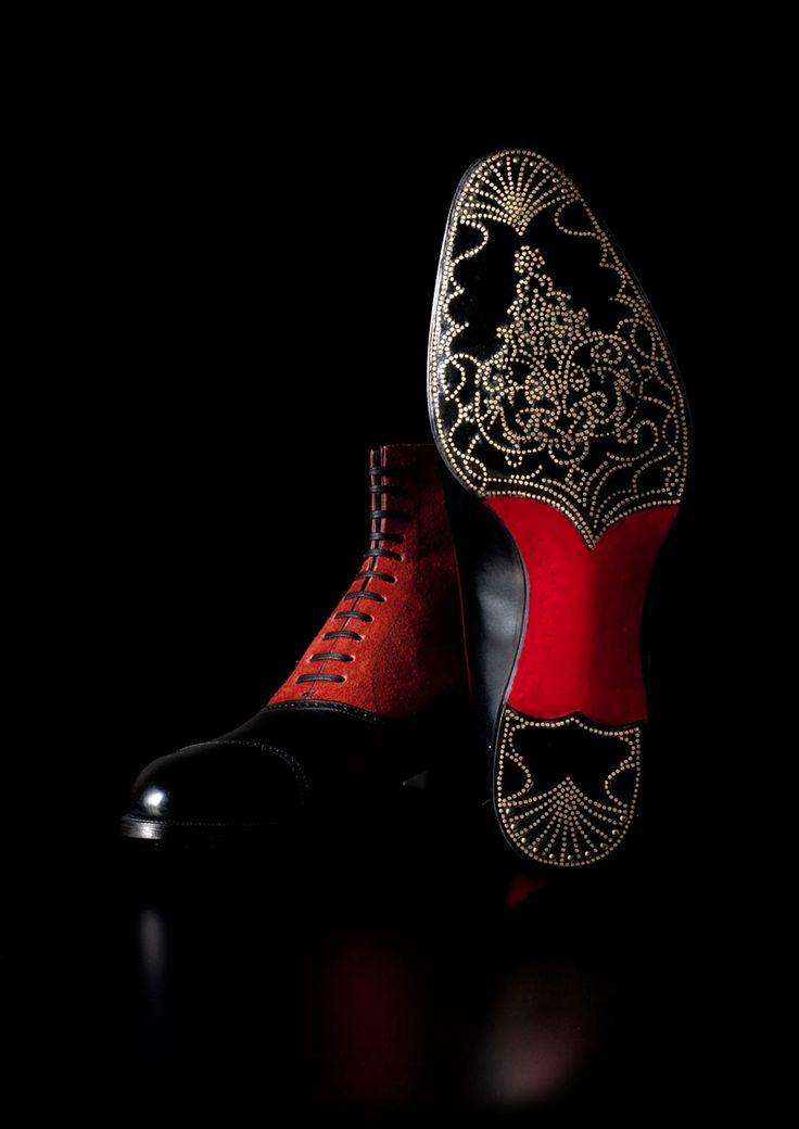 MISAWA & WORKSHOP by Noriyuki Misawa The Art of Shoemaking Photo from http://www.misawa-and-workshop.com/artworks/index.htm