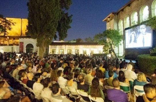 Όλο το καλοκαίρι δωρεάν προβολές ταινιών στο Open Air Film Festival!