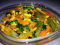 PICCOLI A TAVOLA: tofu strapazzato alle verdure