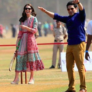 And it looks like she's got herself a fan. | Kate Middleton Got Batting Tips From Sachin Tendulkar And, Turns Out, She's Pretty Damn Good