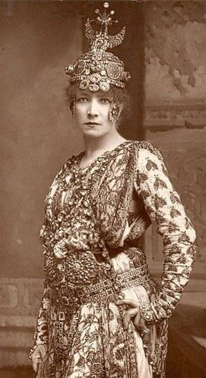 Sarah Bernhardt (c. 1844-1923),  (as Cleopatra). A famous French actress, who was also sought after on the America stage, during the Gilded Age.