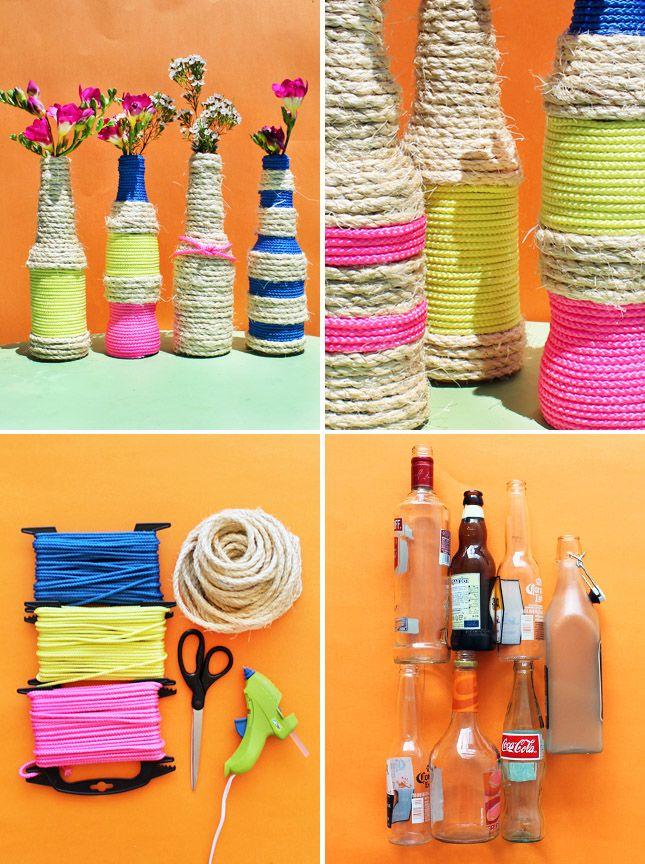 Floreros con cuerdas y botellas de vidrio / http://www.brit.co/author/lauren_weems/