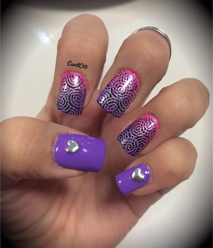 Spiral ombre nails, purple ombre, silver heart nails, manicure