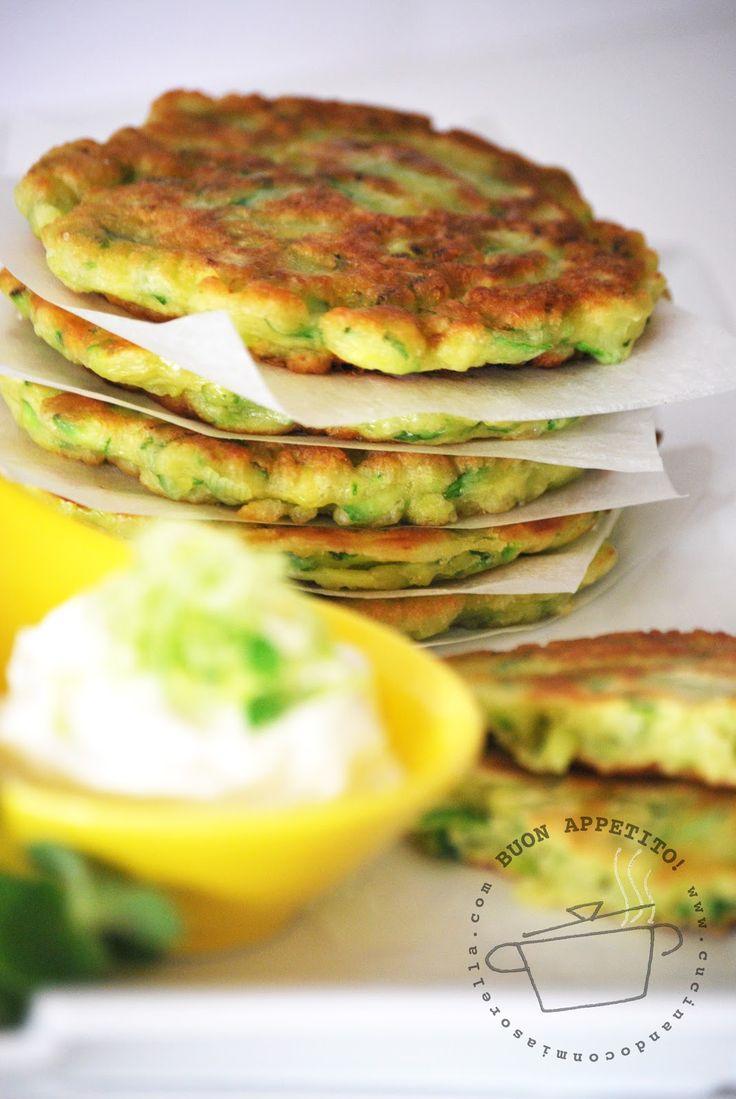 Frittelle di Zucchine Romanesche con Dip allo Yogurt -Oggi Cucino Io-