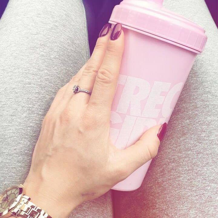 #absaremadeinthekitchen #foodporn #fitness #foodisfuel #czystamicha #dieta #fitnessfreak #fitness #foodinspiration #przepis #trening #zdrowyobiad #wiemcojem #fitfood #tasty #tastemade #zdrowejedzenie #przepisy #shaker #whey100 #shake #breakfast #recipe #szejker #odchudzanie #shaker #szejker #proteinshake #proteinrecipe #protein