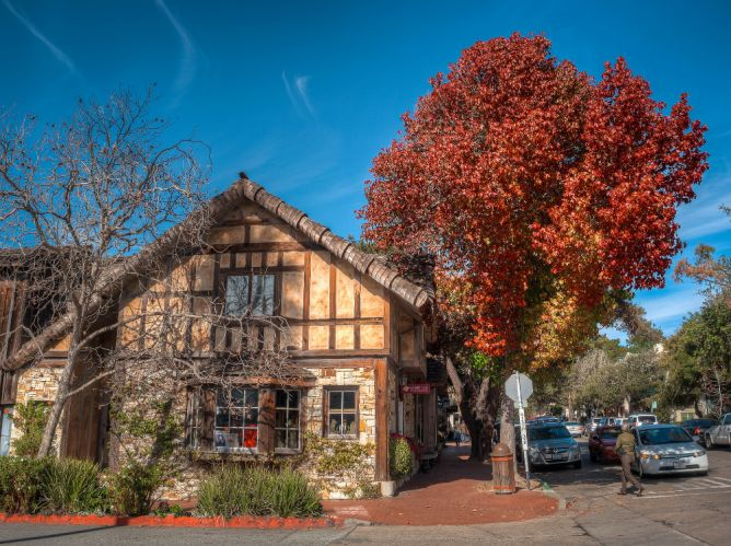 The 10 Most Beautiful Towns in California  When thinking ofCalifornia, many visitors are familiar with cities such as San Francisco, Los Angeles, and San Diego. The Golden State is also home to many picturesque small towns and villages that will inspire every visitor. We've put together a list of some of the loveliest places to be found in California, from coastal charmers to mountain beauties.