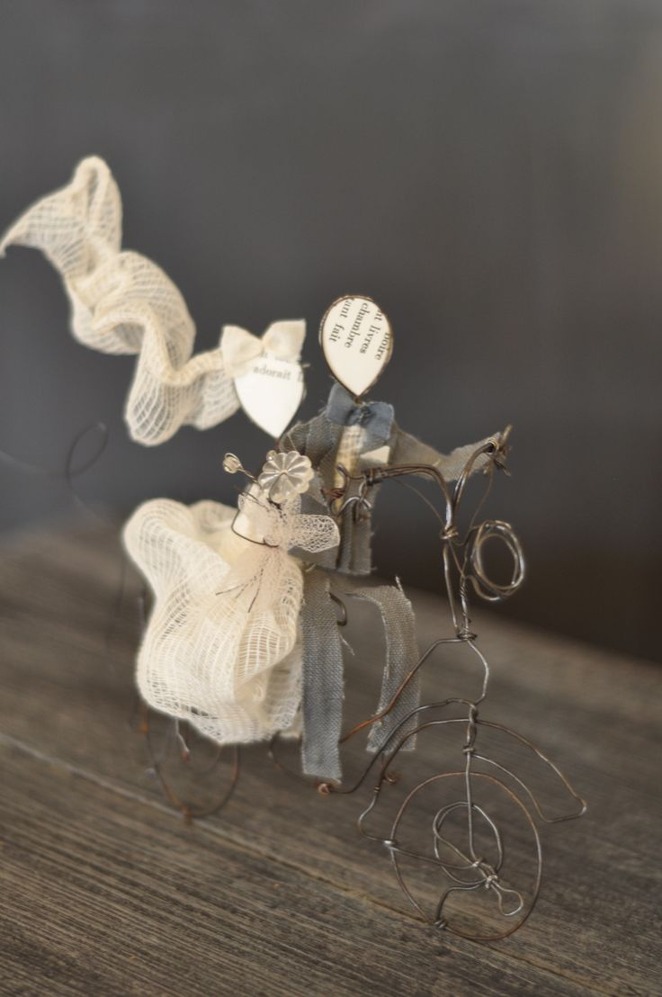 just married... wedding cake topper by lebianchemargherite.blogspot.it