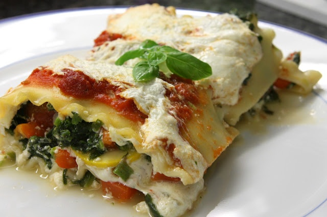 Roasted Red Bell Pepper and Spinach Lasagna
