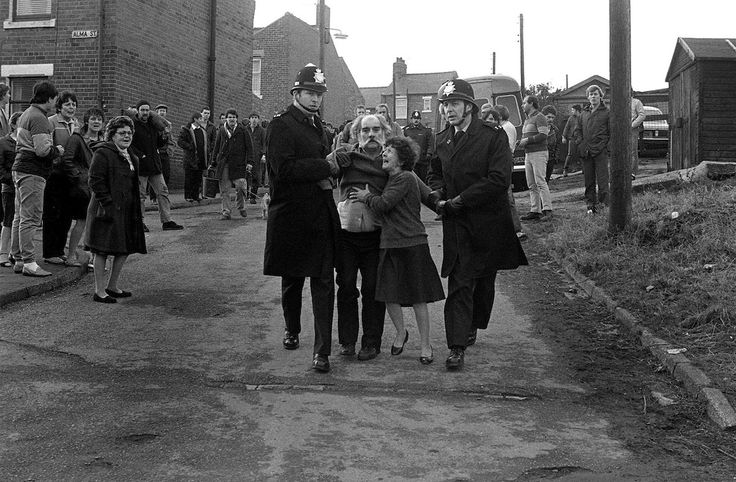 These Are Probably Some of the Most Moving Images of UK Miners' Strike   VICE   United Kingdom