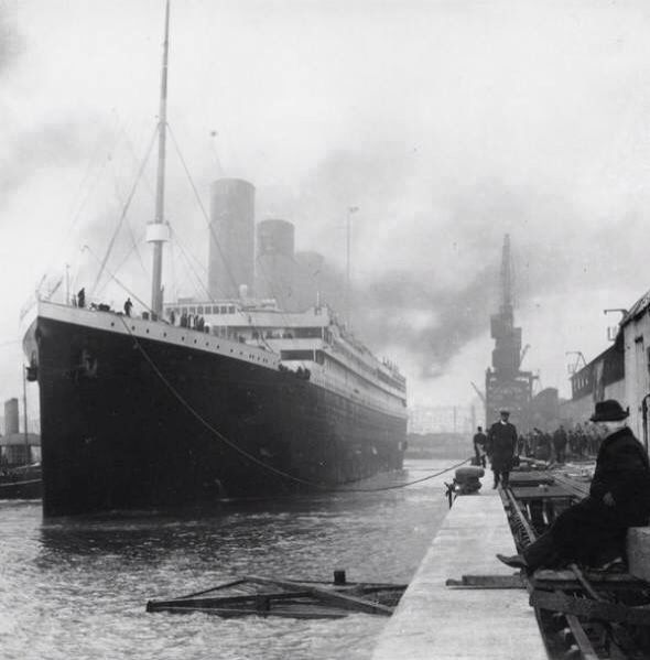 """El titanic """"ni Dios lo podría hundir"""""""