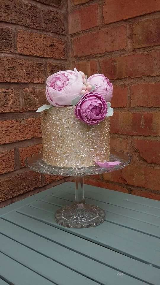 Sugar Peonies on Sparkling Cake