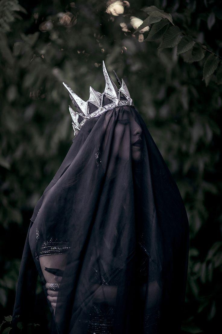 """Dark Queen"" — Photographer: Mai Her – Mai Photography Model: Lucy Khang #crown #veil #photography"
