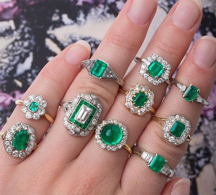 Vintage emerald engagement rings from Trumpet & Horn ~ we ❤ this! moncheribridals.com