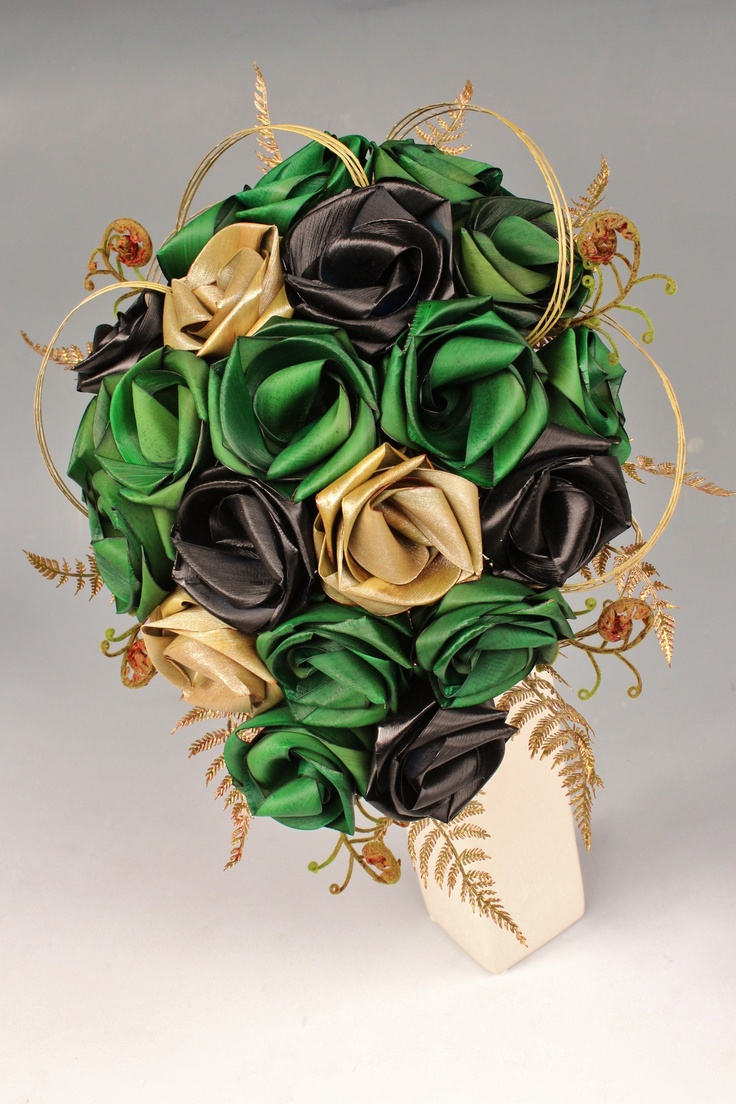 Large Teardrop bouquet by Flaxation in forest green, black and gold.