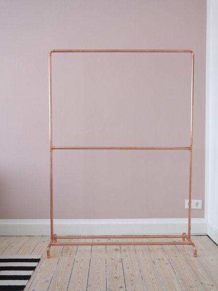 Garderoben - Kupfer Kleiderständer Industriedesign Trennsteg - ein Designerstück von Krustelkiste bei DaWanda