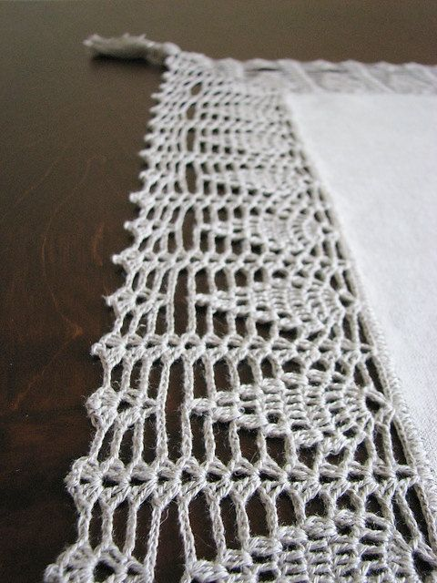 Natural linen tablecloth/teacloth with crocheted by daiktuteka