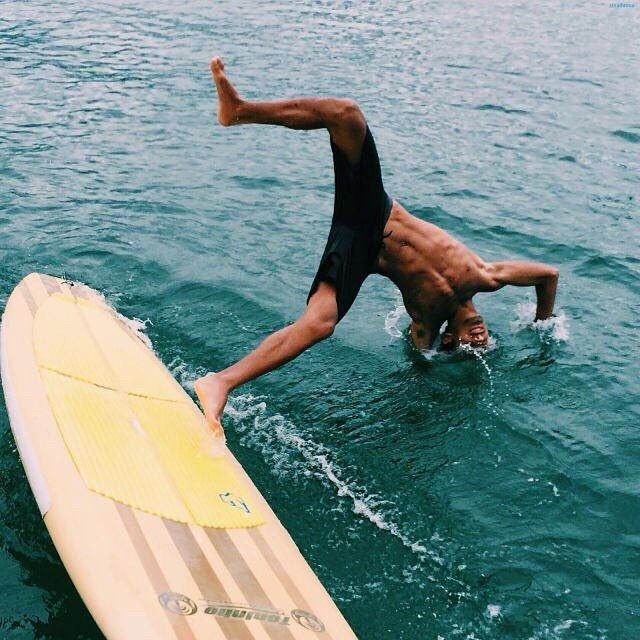 Pin By Mineredders On Surfing Surf Boy Surfing Surfer Dude