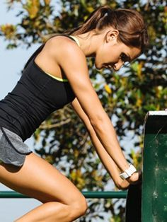 Tschüss Winkearme, hallo Oberarme! HIER geht's zum Arm-Workout von Kayla Itsines >>>