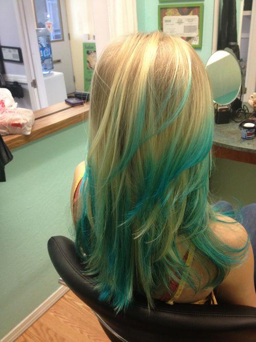 turquoise hair | Tumblr