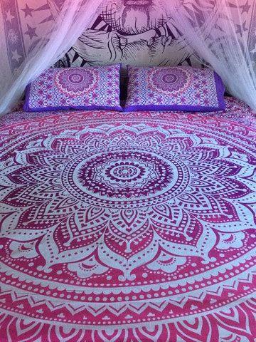 Roundie mandala bedspread/sheet and by TheFoxAndTheMermaid on Etsy