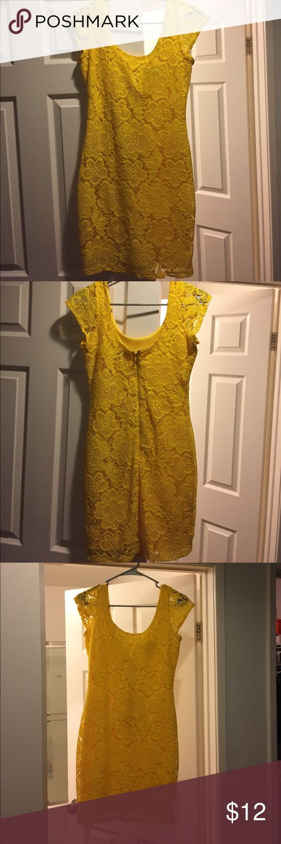 Perfect Yellow Tight fitting dress Yellow tight fitting dress. Brand New, Never worn and in perfect condition. Dresses Mini