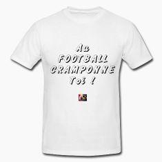 T-shirt : Au FOOTBALL, CRAMPONNE-toi !  D'autres créations sur ce thème : https://www.spreadshirt.fr/user/francoisville#/list/U1308123O1-foot  #Euro2016 #tshirt #spreadshirt #benzema #deschamps #but #faute #JeuxdeMots #arbitre #crampons #ballon #humour #goal #drôle #gardien #FrancoisVille #football #terrain #frappe #Coupe #foot #carton #tacle #bleus #entraîneur #sport #footballeur #balle #équipe #edf