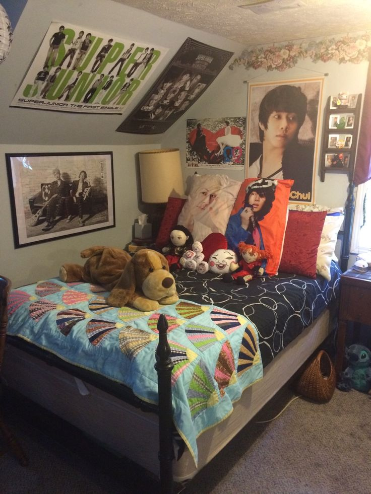 9 best kpop room images on Pinterest | Bedrooms, Kpop diy ...