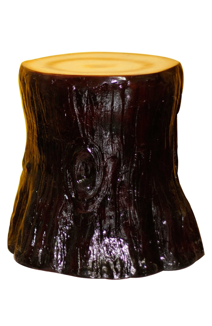 Get a unique Tree Trunk stool in your homes to give your interiors a stylish and nature-inspired look! http://www.gloob.in/sculptures/tree-trunk-stool.html