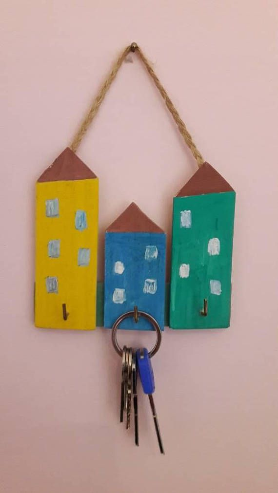 Wooden keychain handmade hand painted home susa for Parete attrezzata fai da te