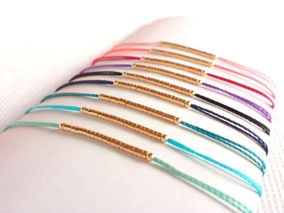 Best Bracelet Perles 2017/ 2018 : Bracelet Minimaliste Perles Plaquées Or et Cordon Coloré par BUMBLU...