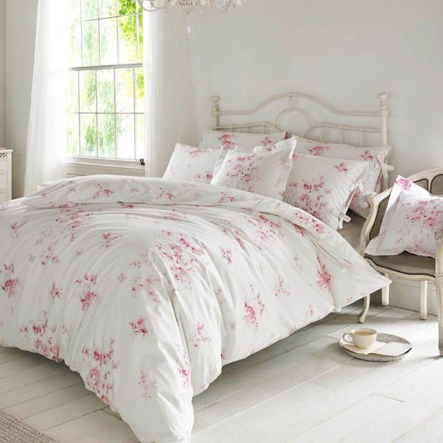Holly Willoughby Olivia Raspberry Bedding