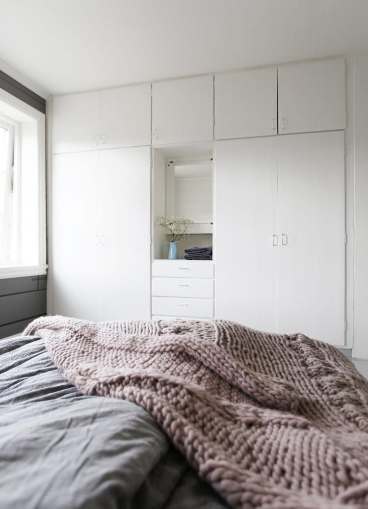 Skap plass: utnytt hele veggen til skap på soverom eller i andre ...