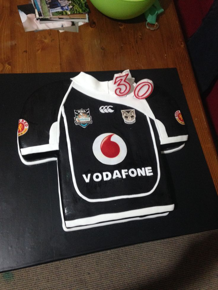 #0th birthday cake inspired by the 2011 Vodafone Warriors jersey #Jersey #Cake #BirthdayCake #WarriorsForever