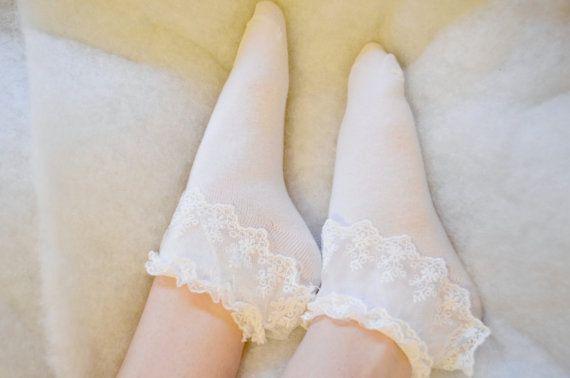 Weißen Rüschen Socken 1 Paar von LilKittenCreations auf Etsy