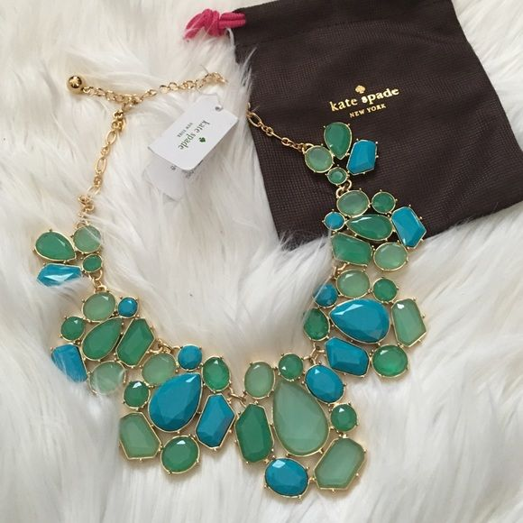 Kate spade statement necklace No brand knows jewelry better than kate spade, and this necklace is no exception! Gorgeous green and blue statement necklace. Brand new. Offers welcome through offer tab. No trades. kate spade Jewelry Necklaces