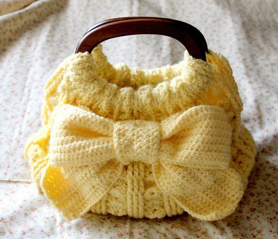 This is gorgeous, #crochet bag.