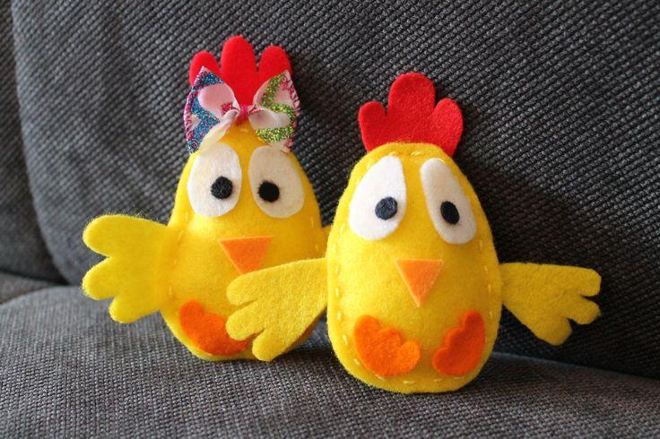 Parka kurczaczków wielkanocnych