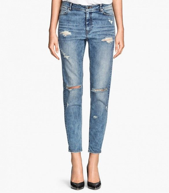 H&M Girlfriend Jeans // Distressed denim