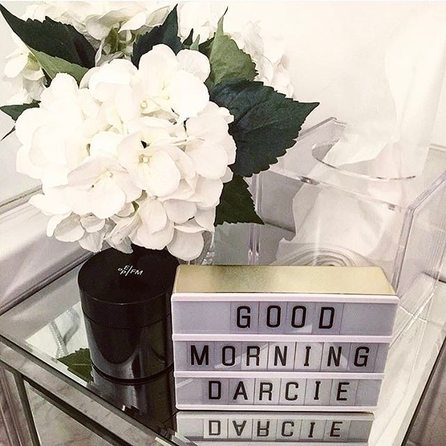 What a gorgeous way to wake up, especially on a Monday morning. 😴 Thanks to @willitchangemylife for the lovely picture of our gold A6 light box, available to buy online now. 💛