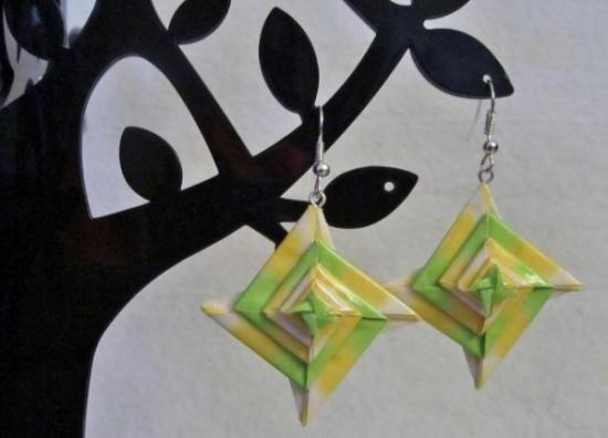 origami spirál fülbevaló nagy sárga és zöld papír origami