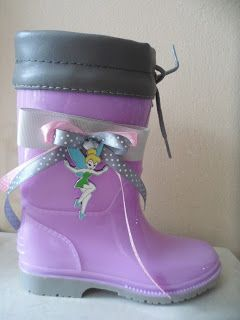 purple wellies with tinkerbell by ellishoes.blogspot.com