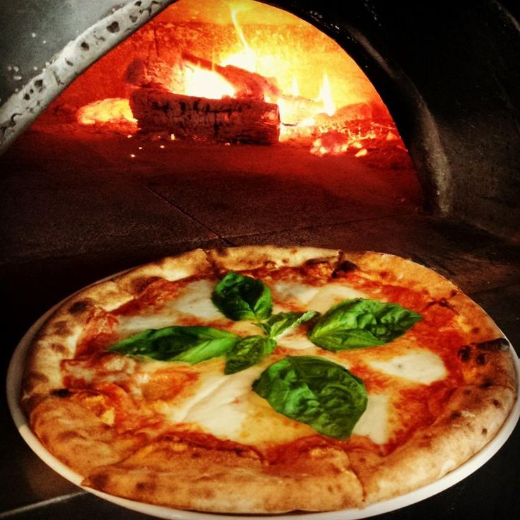 First Course: Stella $10 Pizza Holiday, Luke Creole Brunch and Barbaco at Boiler House